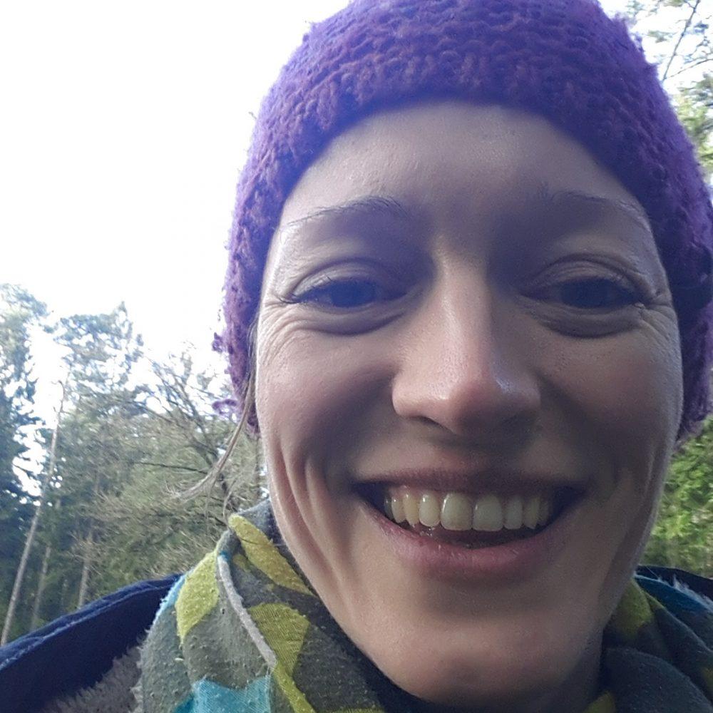 Ich freu emich im Wald auf dem Abaneteurspaziergang